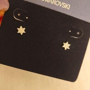 Swarovski star studs, super cute Brand New